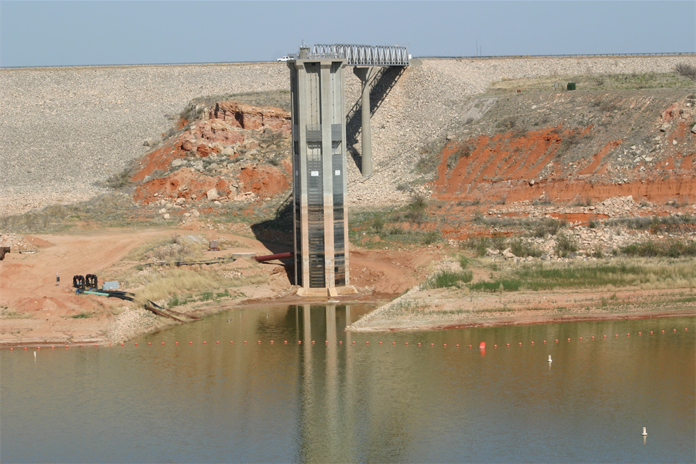Intake tower at Lake Meredith